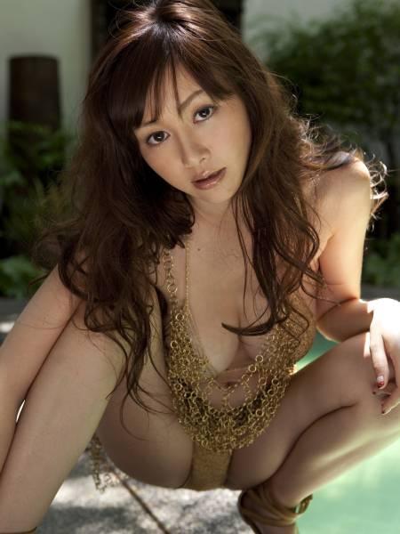 sugiharaannri69.jpg
