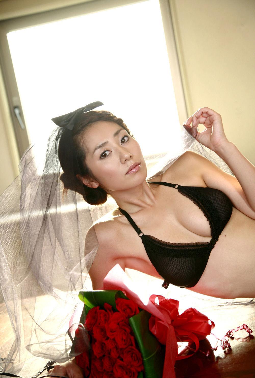tanimomoko46.jpg