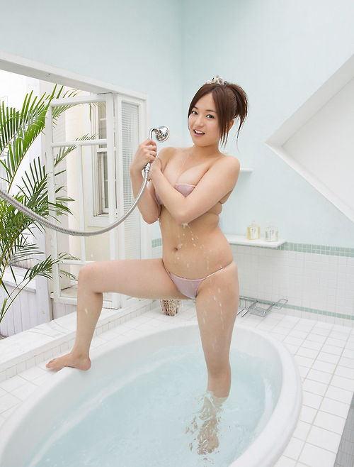 yamanakamayumi79.jpg